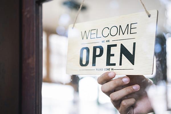 تم إفتتاح موقع و متجر شاي منصور للتواصل بشكل أكثر سهولة و آمان مع العملاء و الوكلاء و الموزعين
